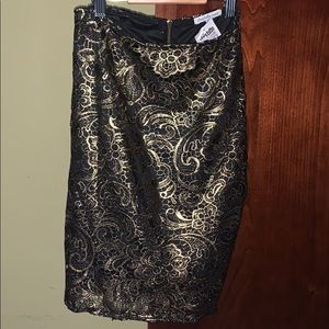 Skirt- Black & Gold